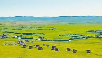 内蒙古呼伦贝尔草原生态良好,风光壮丽。王冠聪摄