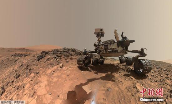 当地时间周四(7日),美国国家航空航天局(NASA)召开新闻发布会,公开了火星新发现――好奇号火星探测器在火星上发现了有机分子。