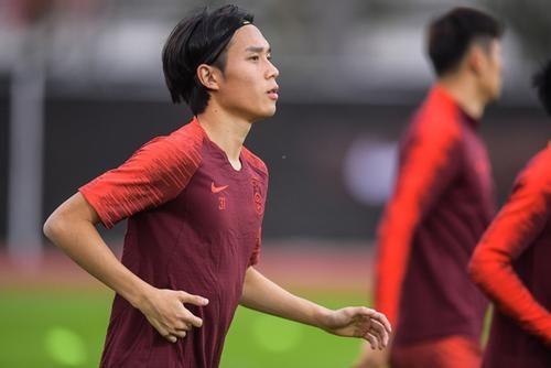 张修维国足训练中,图片来源:中国足协官网