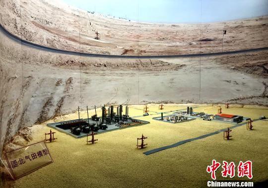 涩北气田是涩宁兰管道气源地和西气东输管道主要战略接替气源地,担负着甘肃、青海、宁夏、西藏4省区供气任务。(资料图)孙睿 摄