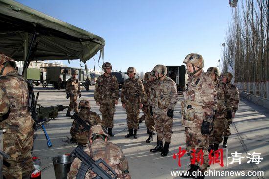 图二为野战兵站开设。冯建强摄