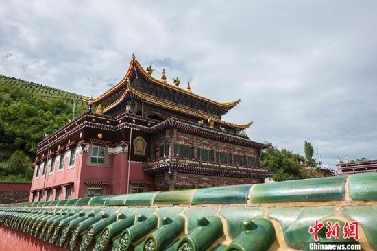 资料图:塔尔寺。 中新网记者 富宇 摄