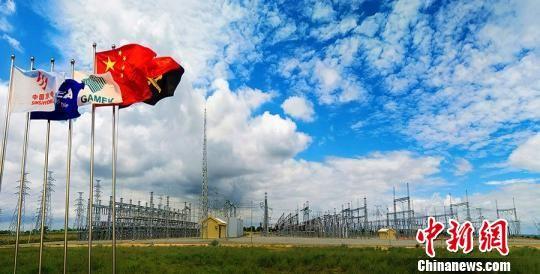图为非洲安哥拉承建的索约-卡帕瑞输变电工程项目。青海省商务厅
