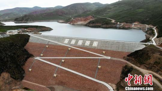 图为青海省建设的一处水库。(图文无关)青海省水利厅
