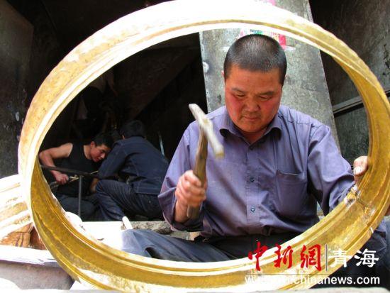 图为《鲁沙尔铜匠》。柴发柏摄