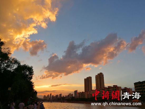 图为西宁湟水河。钟欣摄