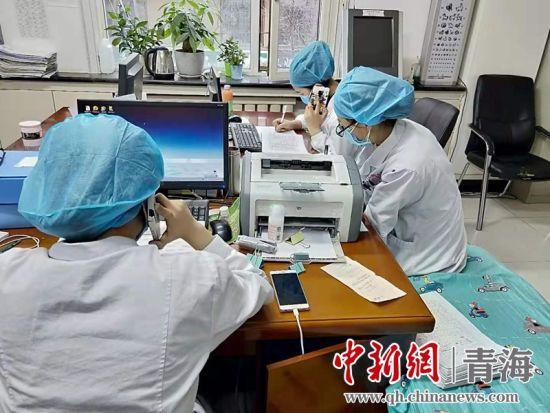 �D�獒t��(wu)人(ren)�T(yuan)工作�F�觥N��市回族�t院供�D