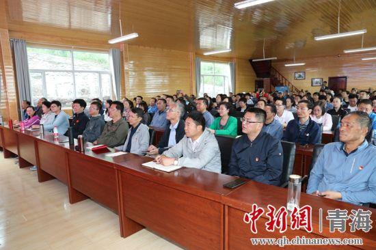 图为活动现场。青海省人大供图