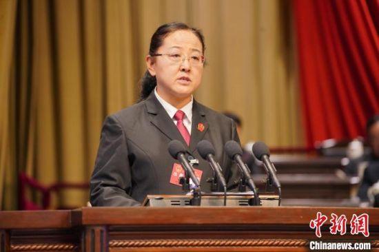 图为西宁市中级人民法院代理院长昝春芳。西宁市中级人民法院供图