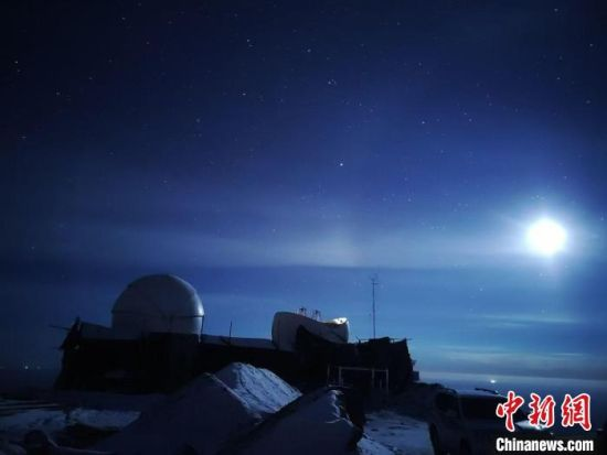 青海冷湖赛什腾山天文活动气象条件观测预警研究项目启动