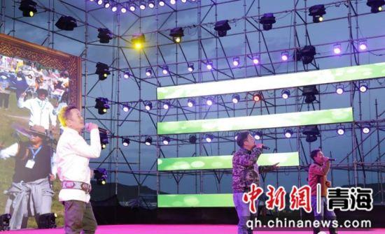 音乐会现场。河南县委宣传部供图