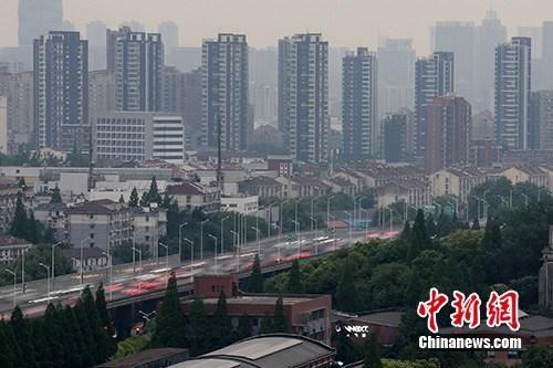 江苏1-4月房地产开发投资增速同比增9.8% 高于全国