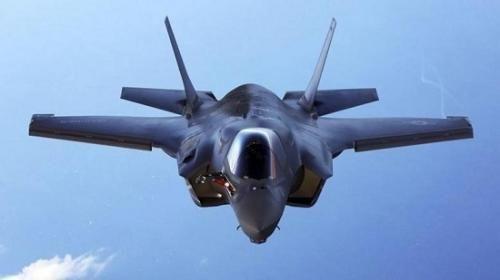 """特朗普夸F-35战机""""隐身能力酷"""" 日本""""躺枪"""""""