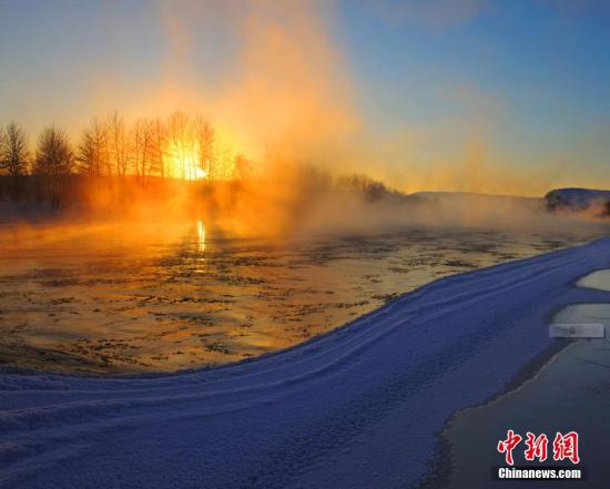 中国 阿勒泰地区/中国十大最美雪乡 新疆阿勒泰滑雪靓照