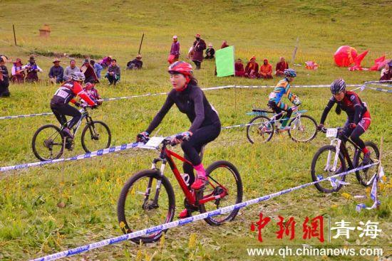 多省骑手共聚青海同德参加自行车越野赛