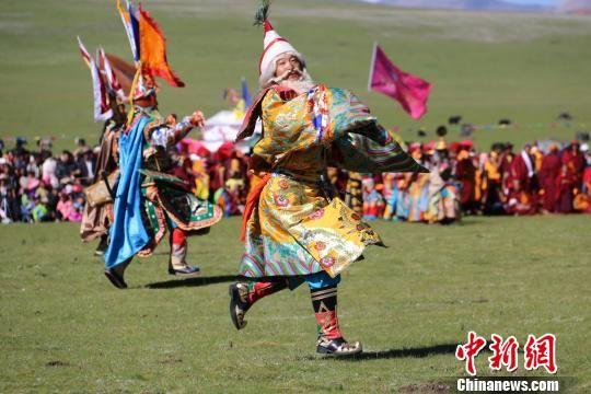 三江源牦牛文化节暨首届澜沧源雪域山歌节开幕