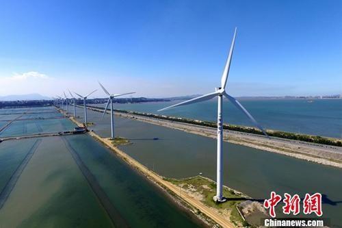 中国近十年可再生能源装机容量达到6亿千瓦 居全球首位